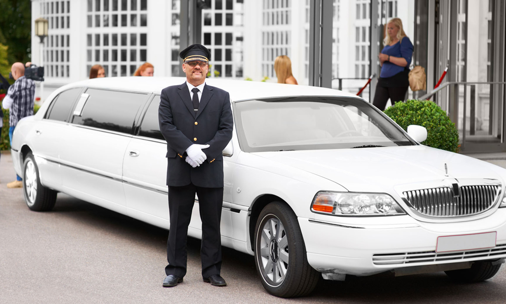 How To Find A Car Hire Melbourne at Low Cost?