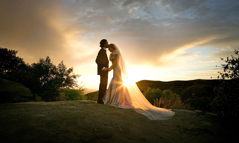 Specific Techniques and Styles of Wedding Photography