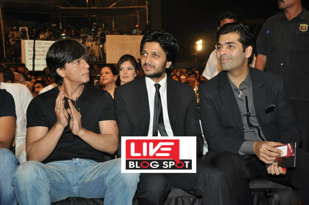 """Bank Chor: Riteish Deshmukh Has Got the Title of """"King of Bollywood"""" From King SRK Itself"""