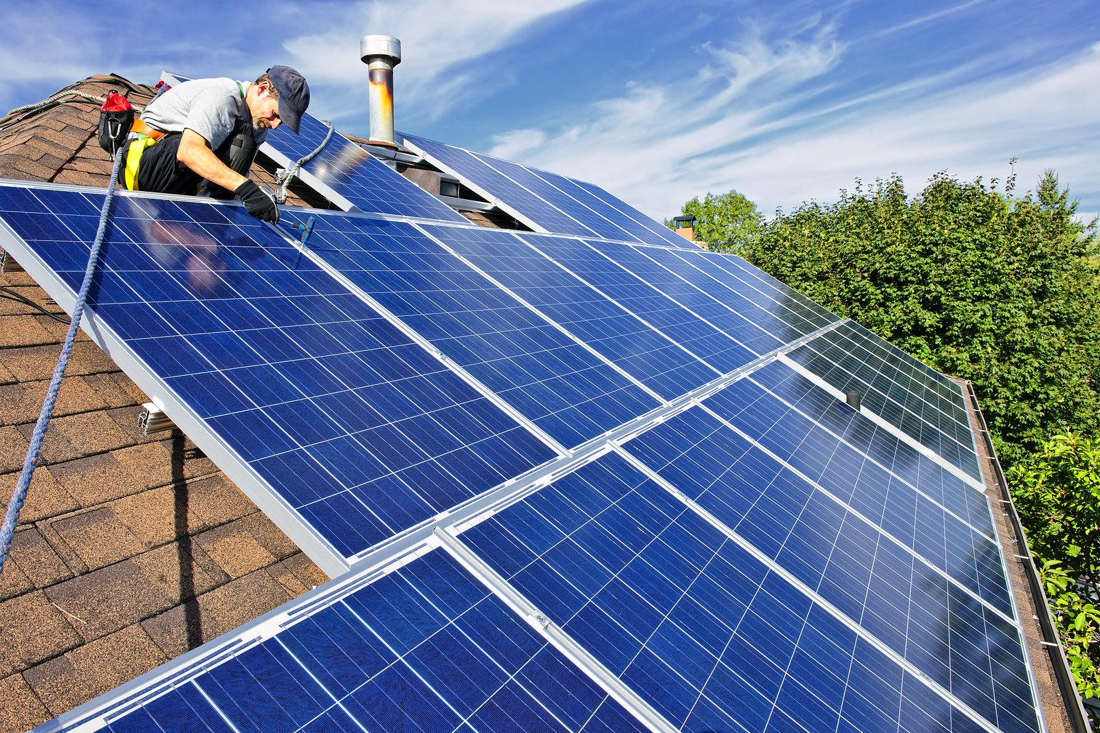 Installing Solar Panels Can Increase Your Home's Value When it Comes Time to Sell
