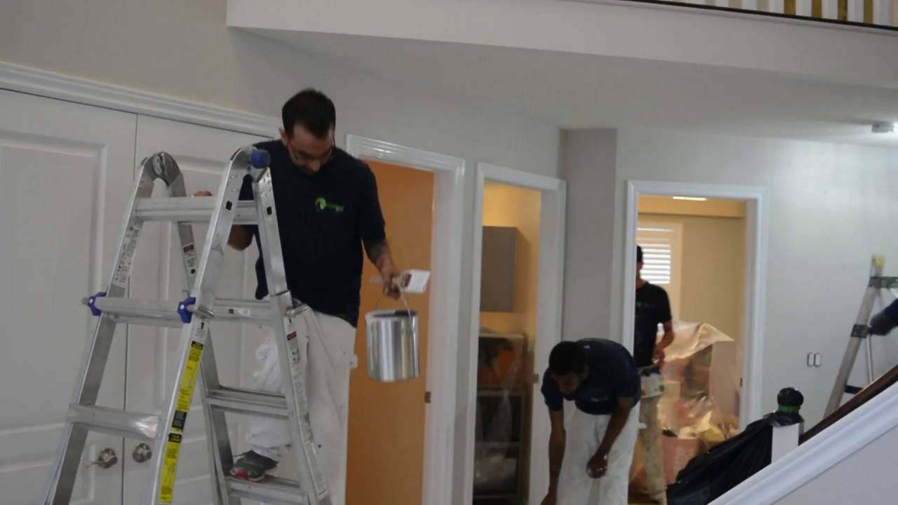 5 Tips to Hire a Right Painting Contractor For Well Done house