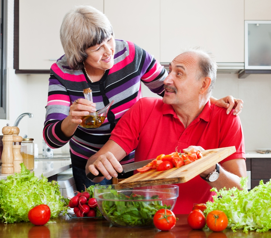 Caring the Elderly: The Importance of Healthy Diet