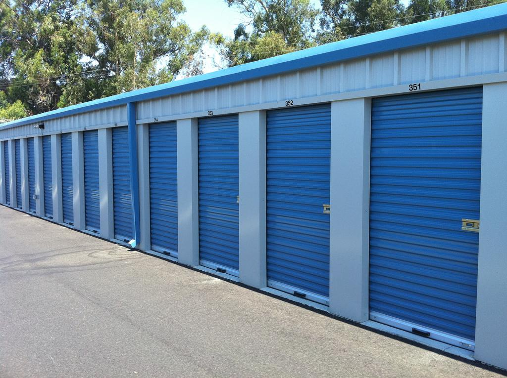 Hire Store Units To Streamline Your Business Operations