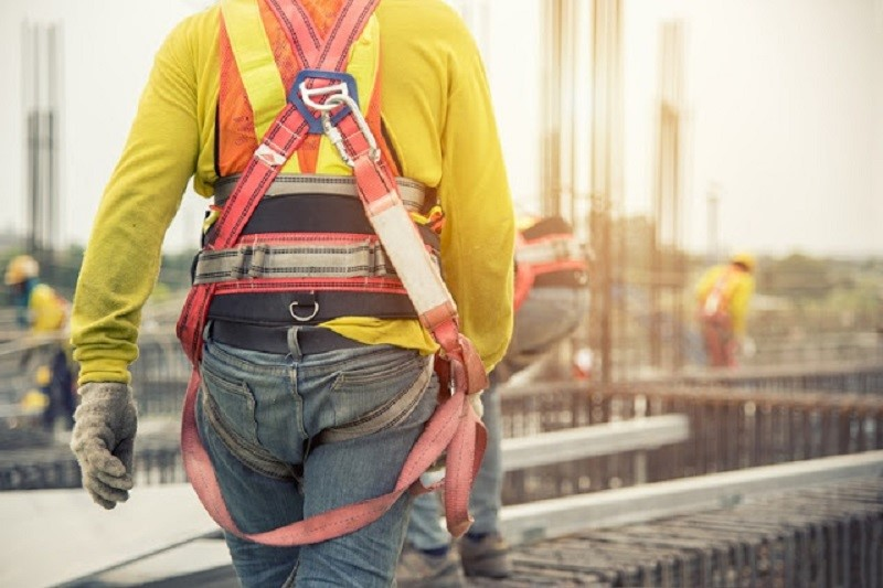 Why Take Tips and Help from Height Safety Experts