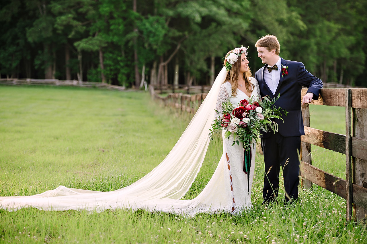 How To Make Your Rustic Wedding Look Luxurious