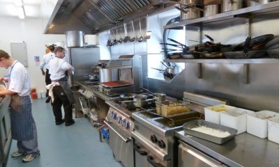commercial kitchen supplies