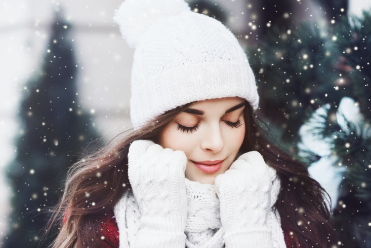 INCREDIBLE WAYS OF TAKING CARE OF SKIN IN WINTERS