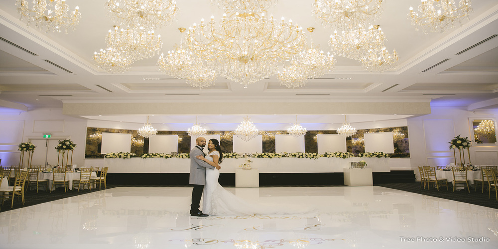 Professional Wedding Photographer Melbourne – Some Advice on Choosing It
