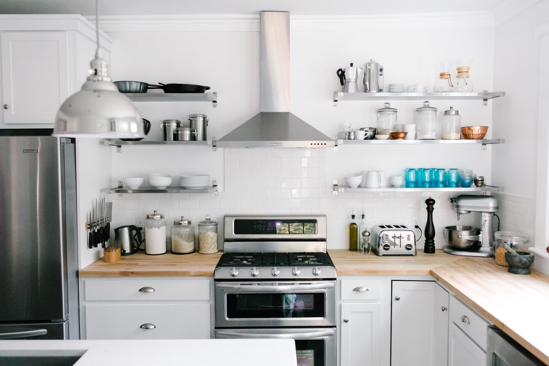 5 Quick & Easy Tips To Maintaining an Organized Kitchen