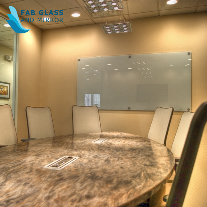 How Glass Boards Improve Both Working & Interior Designing Efficiency?