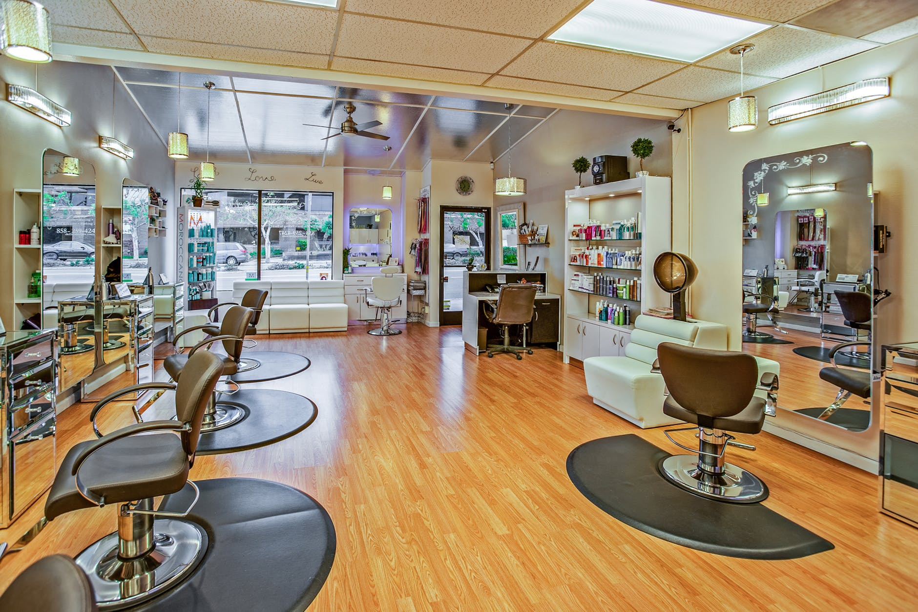 6 Ways to Improve Your Salon and Spa Management System