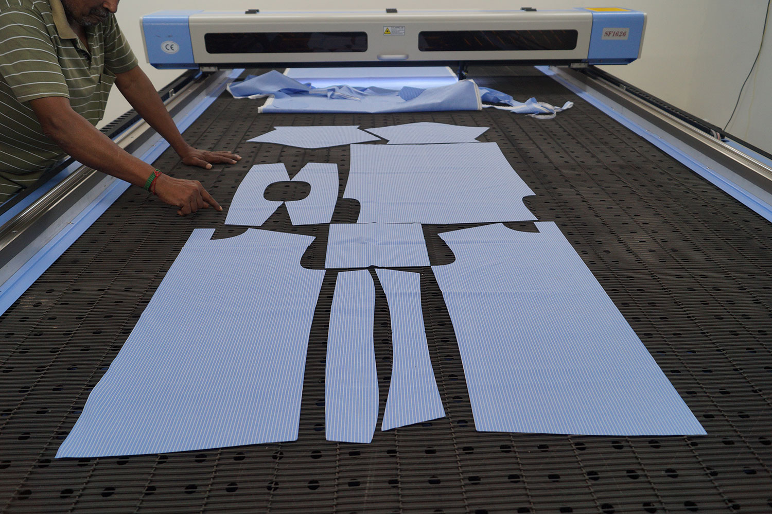 Benefits & Features of Fabric Laser Cutting Machine in Garments