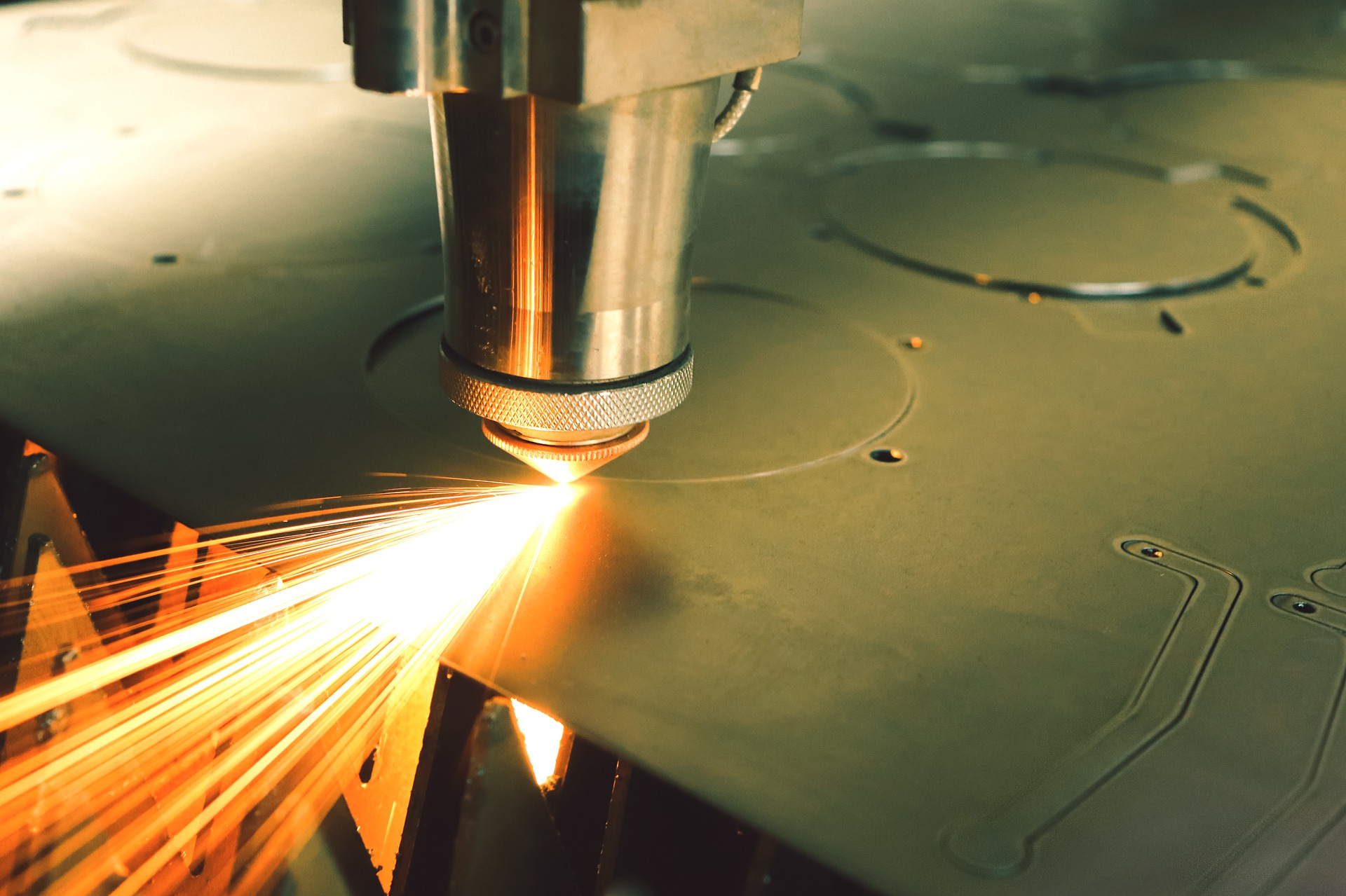 Tips And Benefits Of 3D Laser Cutting