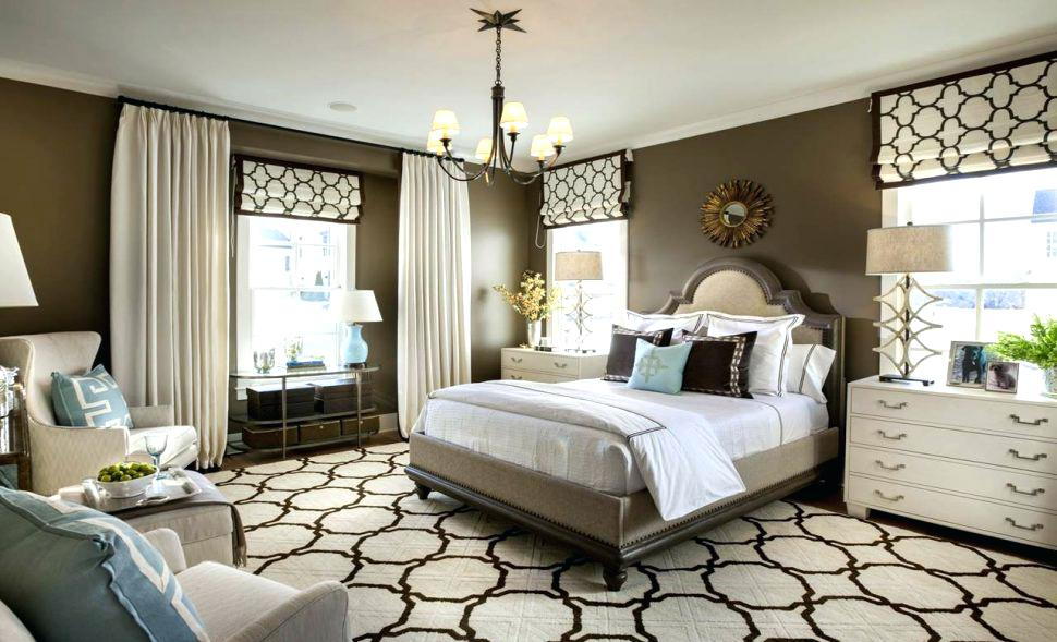 Simple Hacks for Decorating a Small Bedroom to Look Attractive