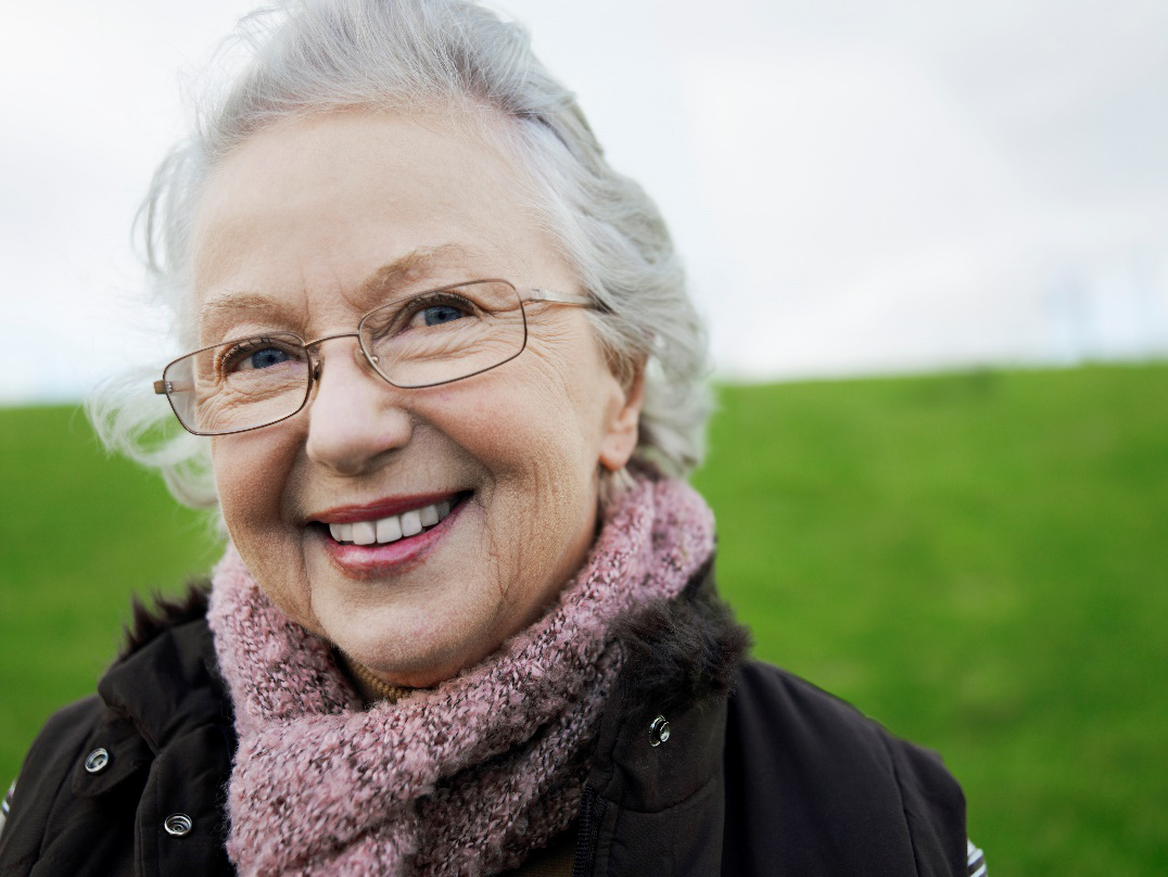 5 Tips to Help Adults Struggling with Vision Loss