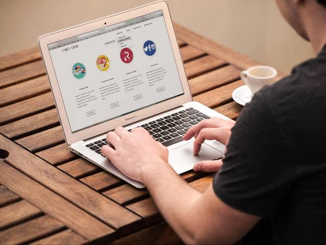 Does Your Website Imply Your Business's Online Presence?