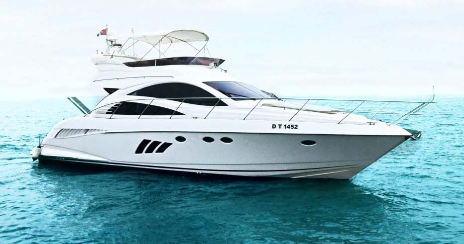 This Holiday Experience Boating and Yachting in Dubai