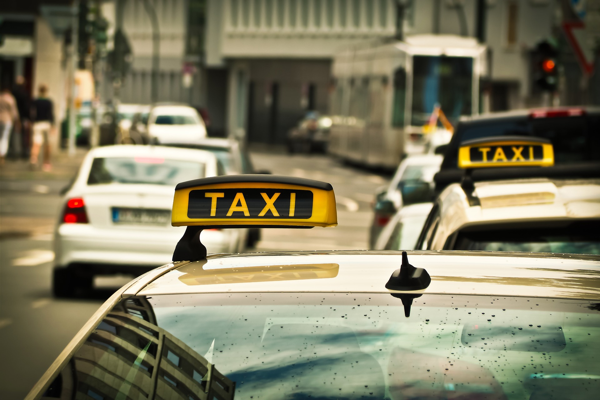 Tips for Choosing Best Outstation Taxi Service in India