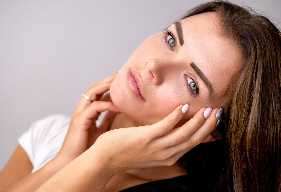 5 Skin fixing Probiotic and Protein Supplements