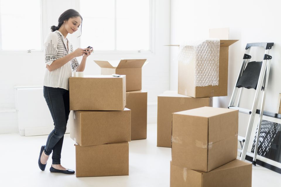 How To Box And Transfer Your Decorative Stuffs A Guide To Have Harmless Shifting Day