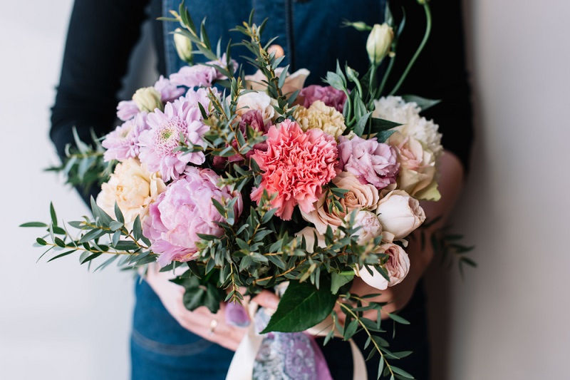 How to Choose the Right Flower Bouquets?