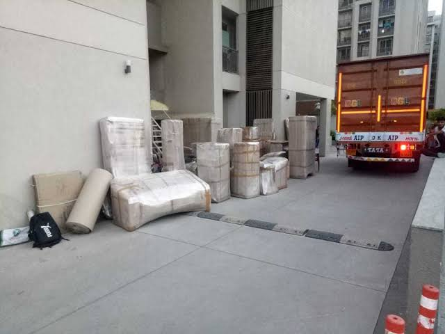 What Not To Forget When Hiring Movers and Packers in Ahmedabad?