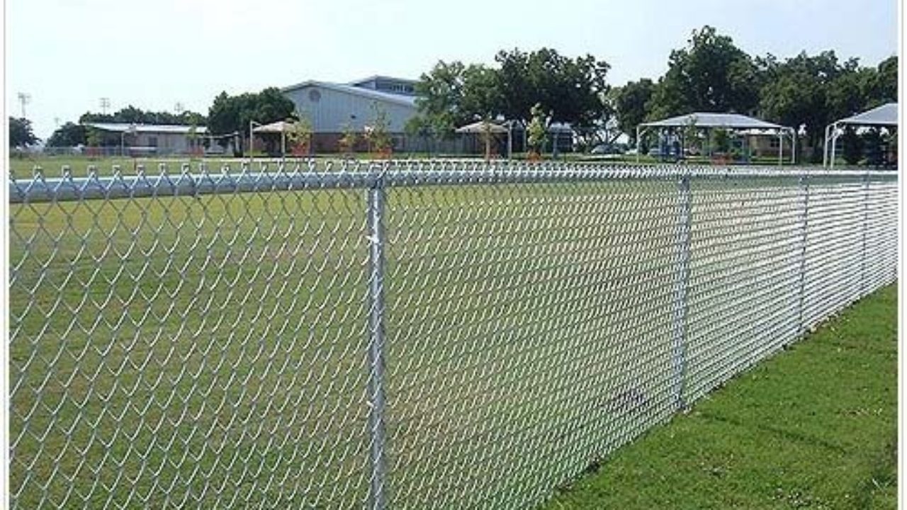 Benefits Of Barbed Wire Fencing