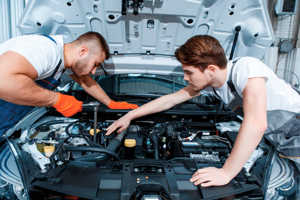 5 Characteristics of a Competent Automotive Repair Mechanic
