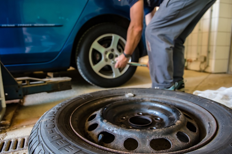 Things To Consider While Getting Your Car From The Servicing Center