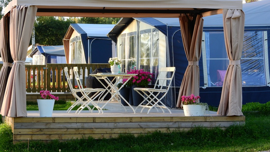 Beginner's Guide to Building a Pergola with a 6×6 Gazebo!