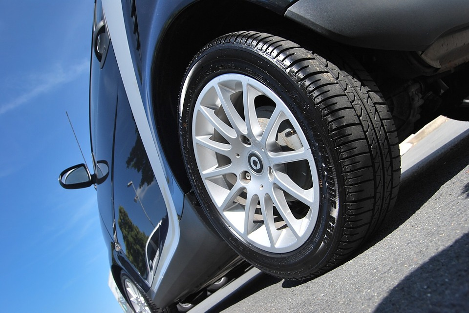 Crucial Factors To Keep In Mind When Purchasing Tires For The First Time