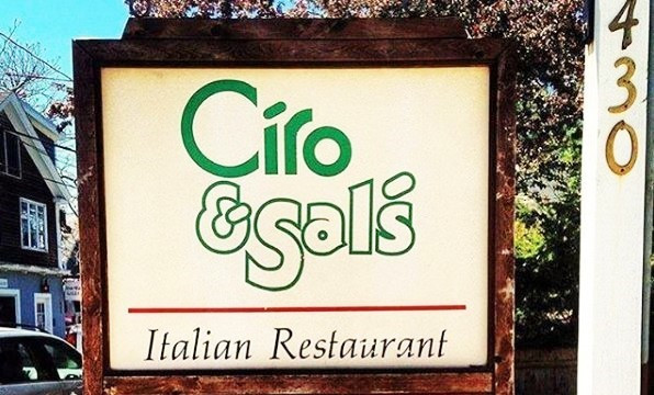 How Eating Out with Friends Improves the Overall Health | Ciro and Sal's
