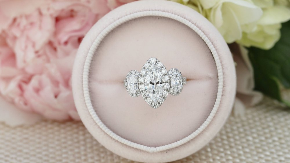 Why Engagement Ring Oval Diamond Is So Impressive