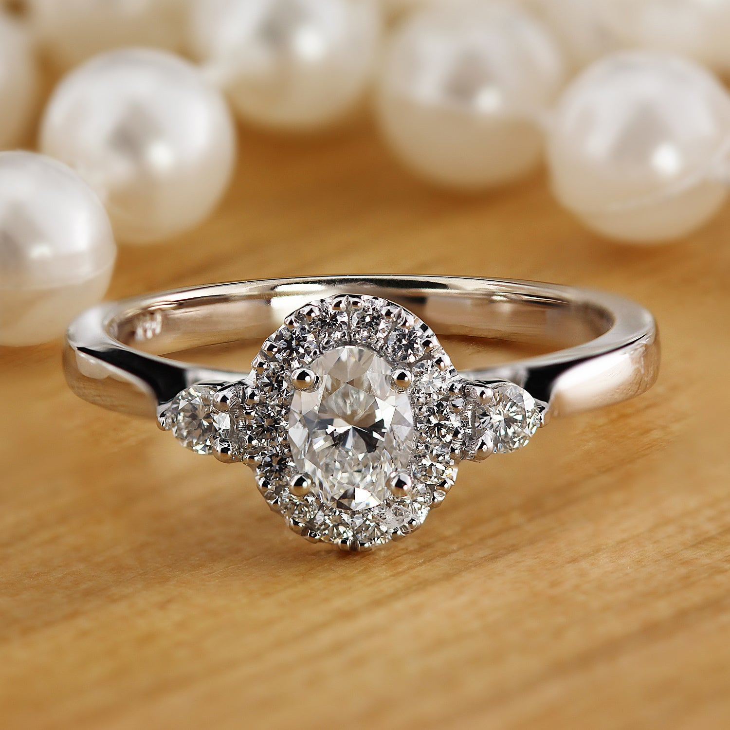 Oval Cut Diamond Rings for Engagement 102