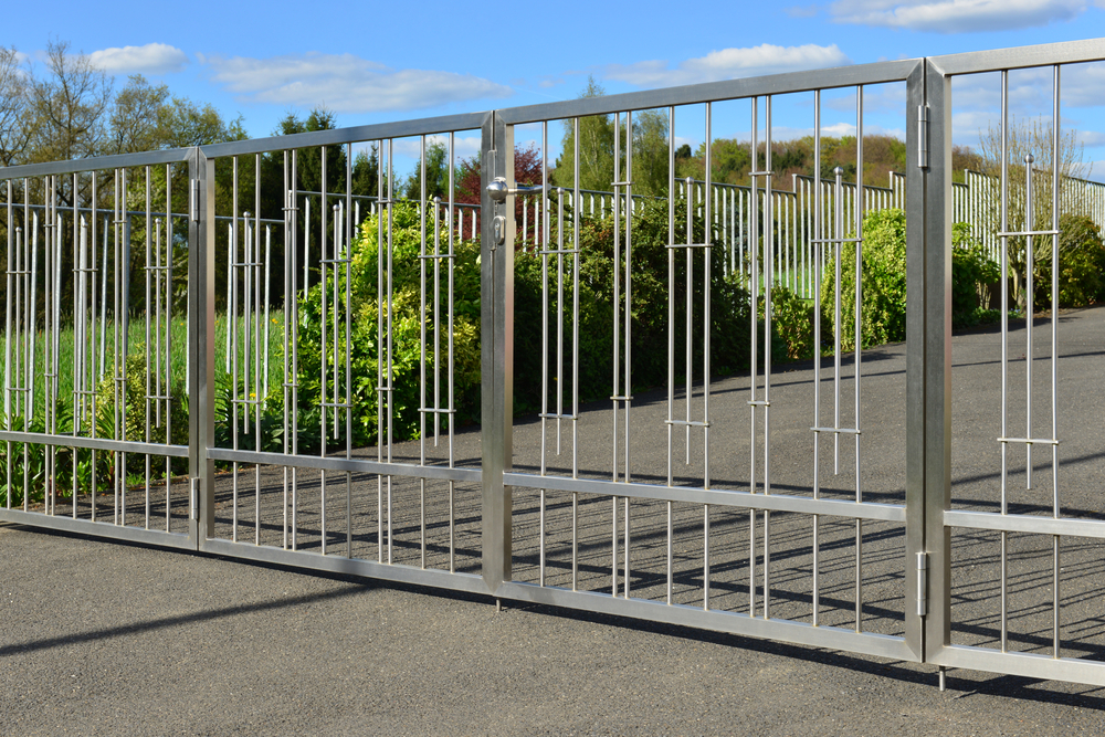 Notable Importance of Installing Automatic Commercial Gates on Properties