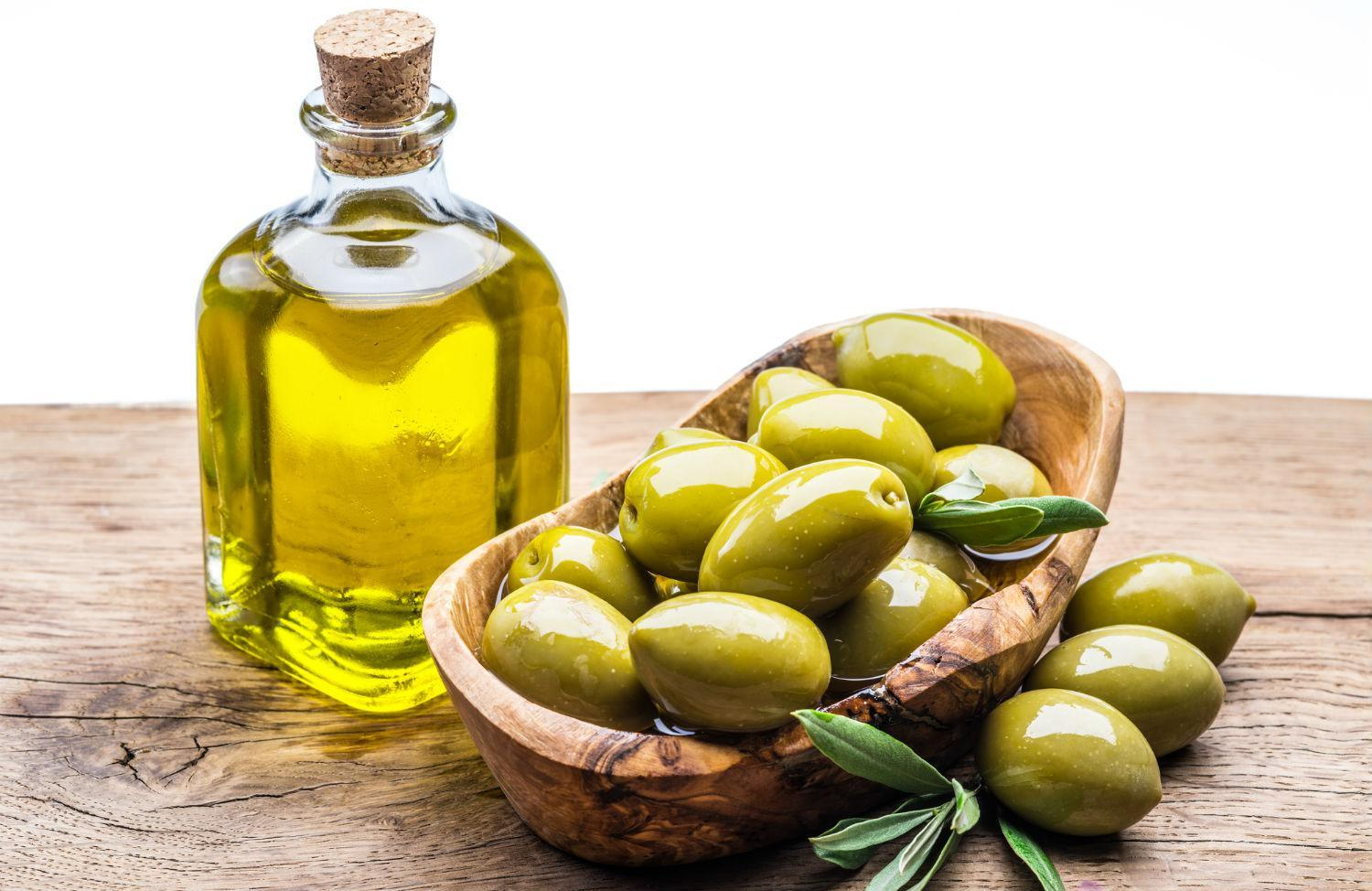Olive Oil For The Face What Properties Does It Have?
