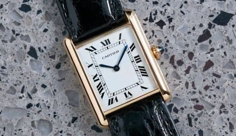 Most Popular and Elegant Cartier Panthere de Cartier Watches
