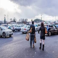How to Choose the Right Long Term Parking Lot