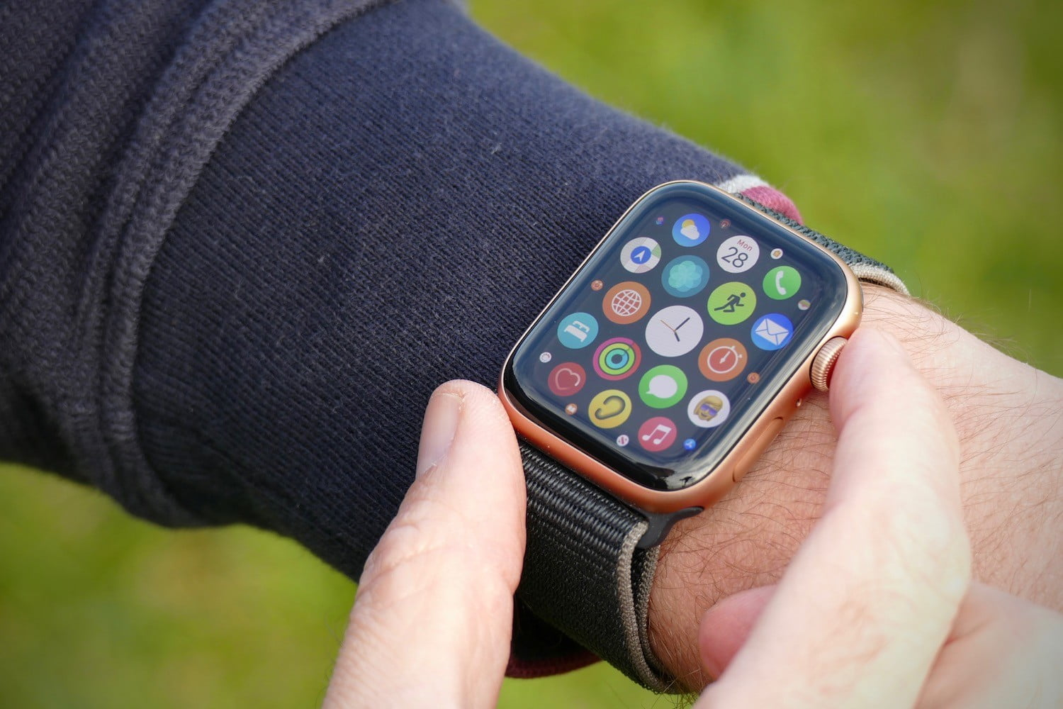 Are You A Technology Freak? 5 Gadgets That You Must Have