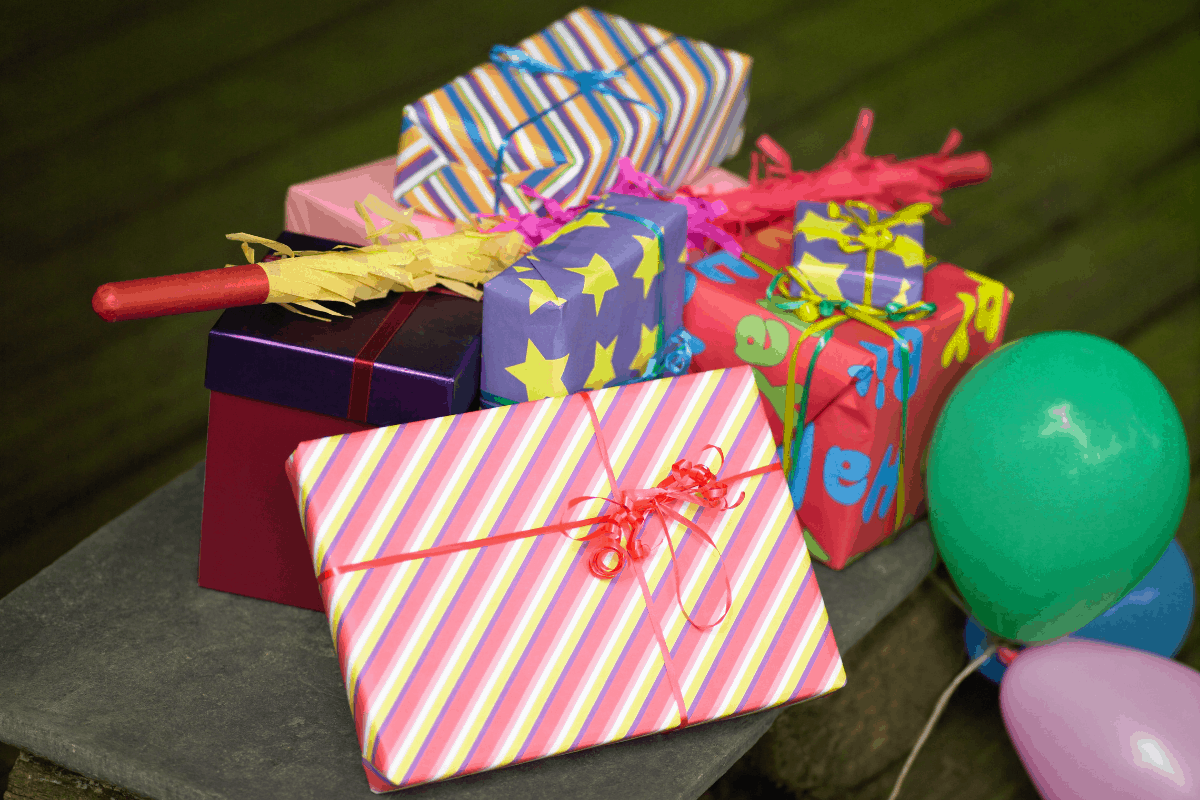 50th Birthday Gift Ideas For Dad to Create Golden Memories