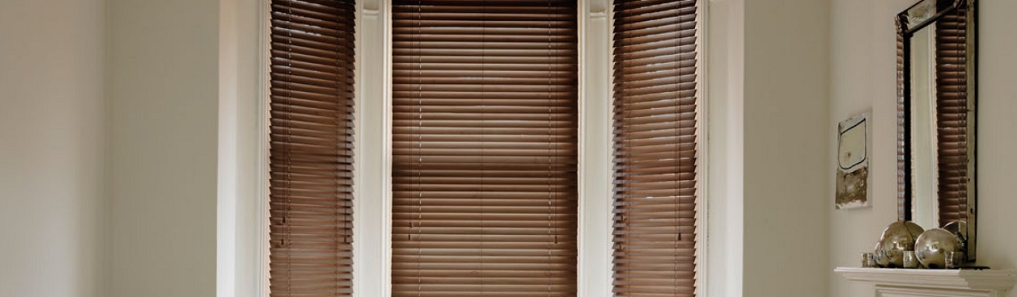 Why I Prefer to Install Full-Height Shutters in My Room