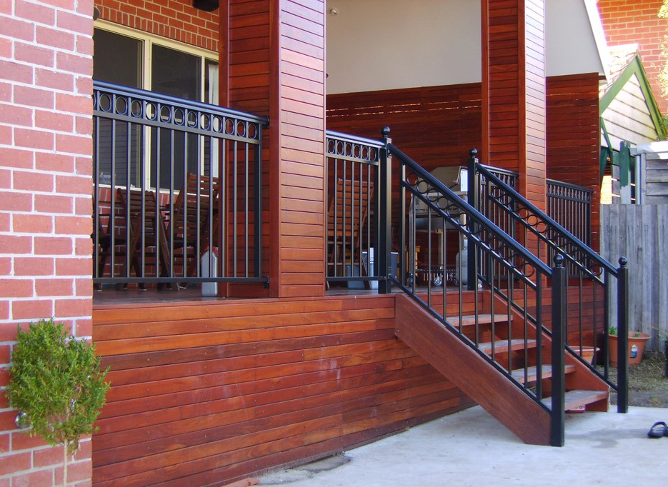 3 Major Mistakes People Tend to Commit While Choosing Balustrading Systems