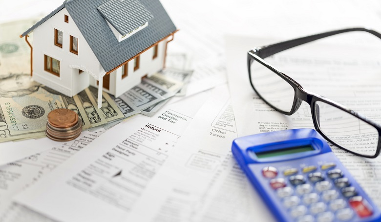 Using a Mortgage Loan Calculator Texas: 4 Popular Types to Know