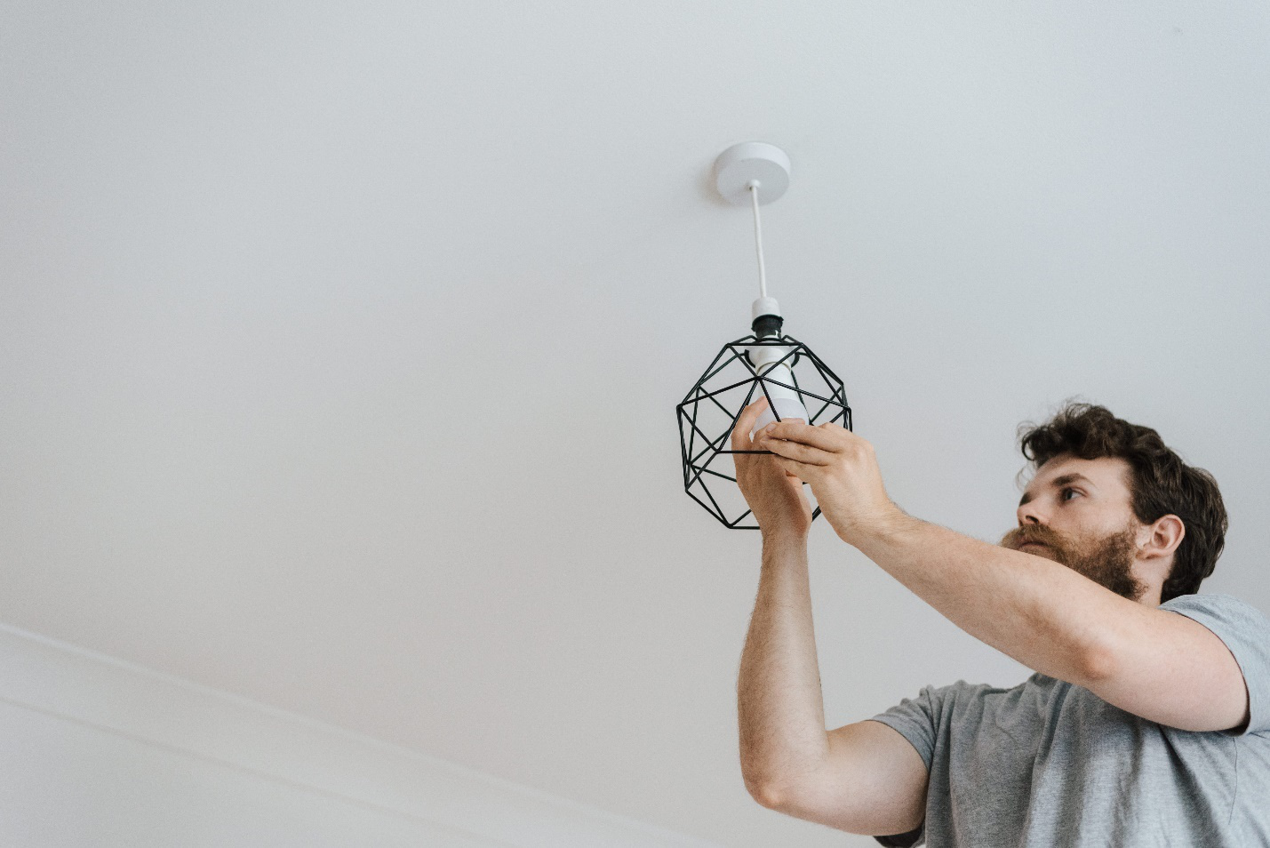 How Can You Find the Best Electricians Near Me!