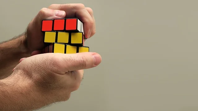 How To Solve Rubik's Cube Last Layer – X Easy Tricks