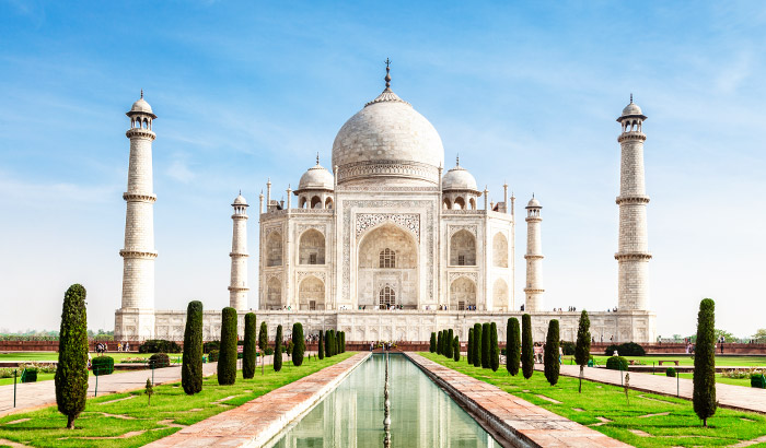 Explore Agra Monuments & Sightseeing In One Day