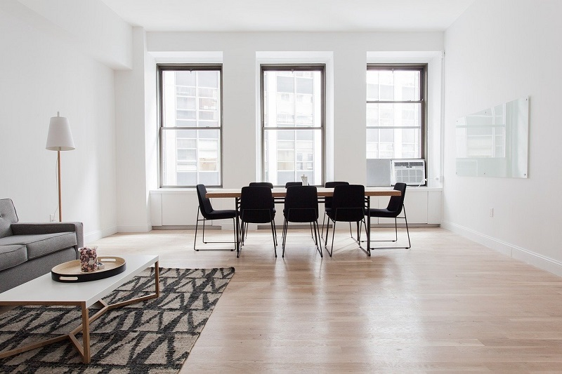 Five Advantages of Using the Vinyl Planks for Residential Flooring