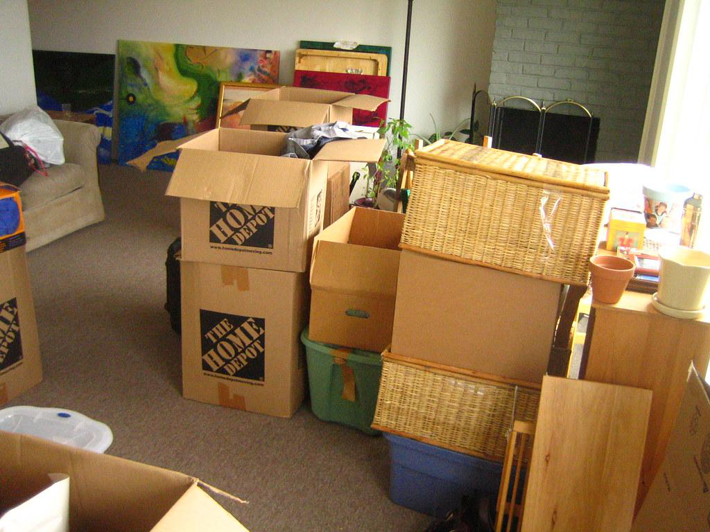 5 Points to Consider While Unpacking After Moving to a New House