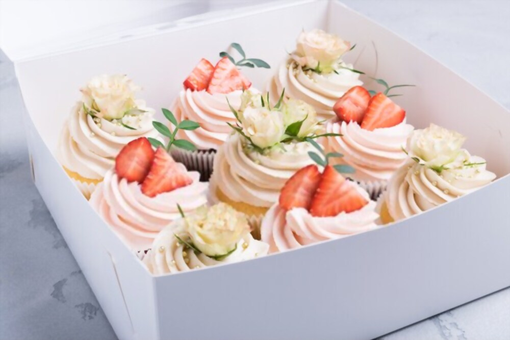 8 Designs To Appreciate Loyal Customers With Incredible Cake Boxes Wholesale