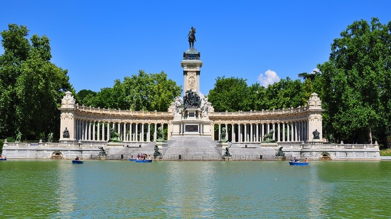 5 Must-Visit Places in Madrid for First Time Visitors